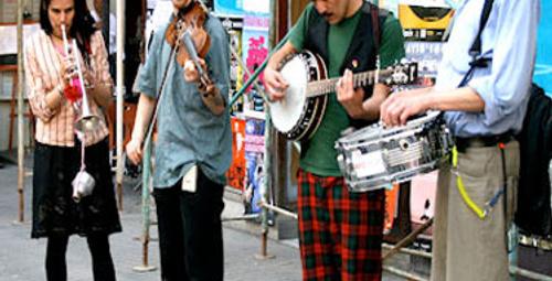 Sokağın müziği kesilmesin!
