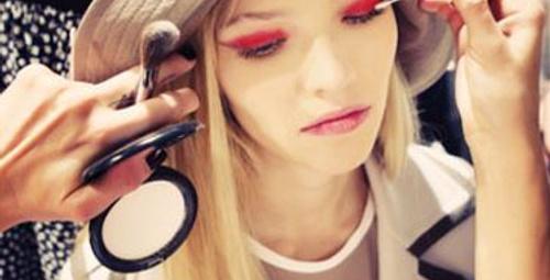 2015 moda kulislerinden güzellik dosyası!