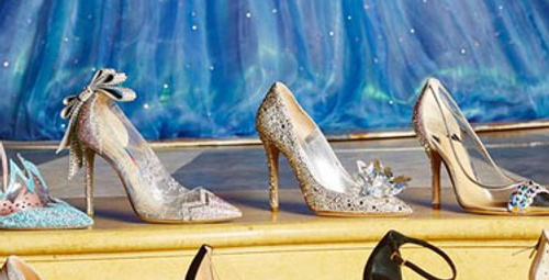 Cinderella'dan ilham alınarak yapılan ayakkabılar!