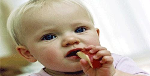 Bebeğiniz için tehlikeli besinler