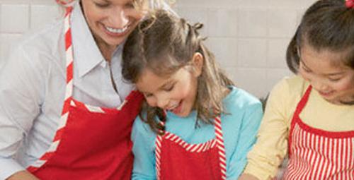 Çocuğunuzla birlikte yemek pişirin!