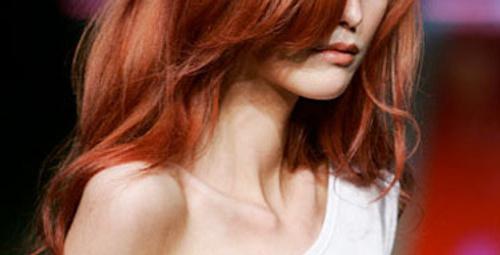 Saçlarında aşkın rengini isteyenlere...
