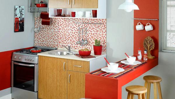 Küçük mutfaklar için dekorasyon önerileri nelerdir?