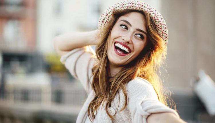 Gülüş estetiği nedir ve nasıl yapılır? Gülüş tasarımı ile ilgili bilmedikleriniz...