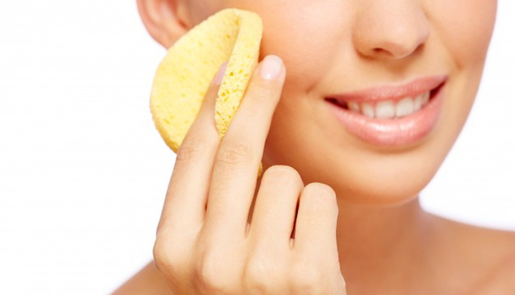 Soğuktan yüz çatlamasına ne iyi gelir evde yapabileceğiniz nem maskesi tarifi