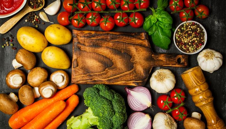 Sindirim sistemini hızlandıran yiyecekler nelerdir sindirim sistemini düzenleyen besinler nelerdir?