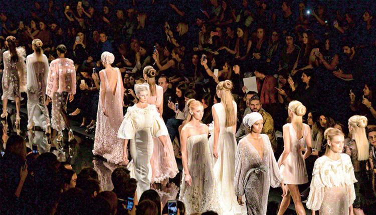 Mercedes-Benz Fashion Week İstanbul 2018 27-30 Mart tarihleri arasında Zorlu PSM'de