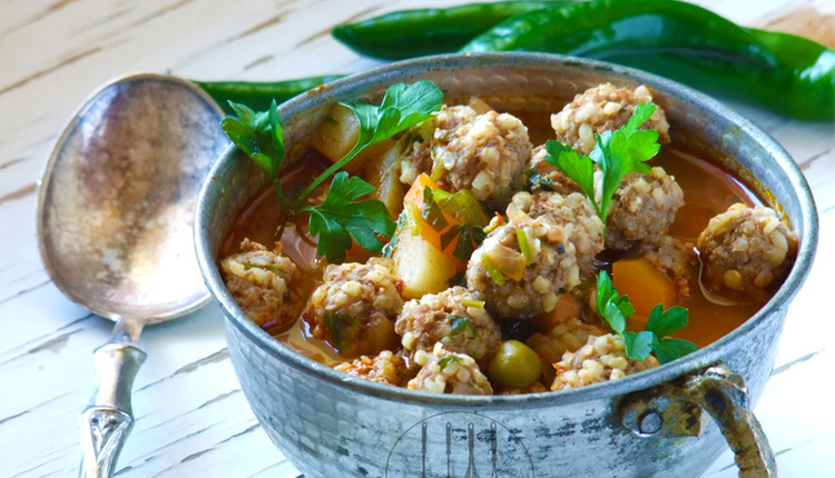 Sulu köfte nasıl yapılır lezzetine bayılacaksınız! Sulu köfte tarifi.