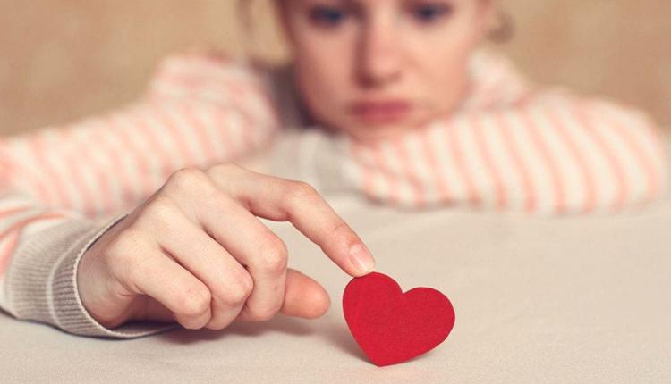 İlişkilerde söylenmemesi gerken sözler nelerdir bu sözler ilişkinin yıpranmasına neden oluyor!