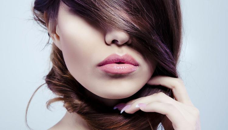 Güçlü ve parlak saçlar için yapılması gerekenler nelerdir saç bakımı nasıl yapılır?