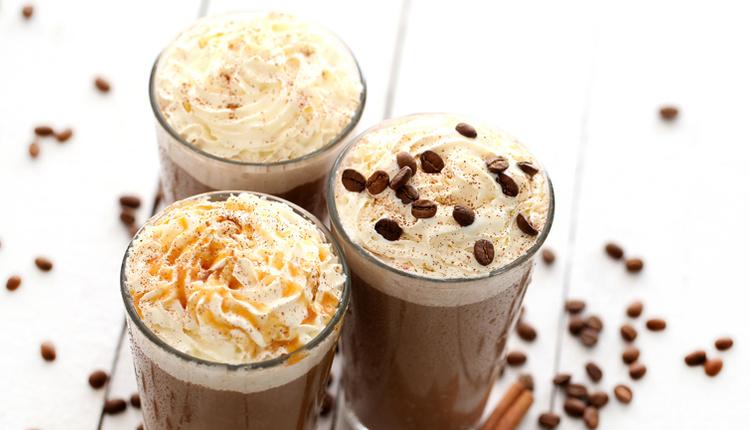 Evde soğuk kahve nasıl yapılır püf noktaları ve malzemeleri nelerdir?