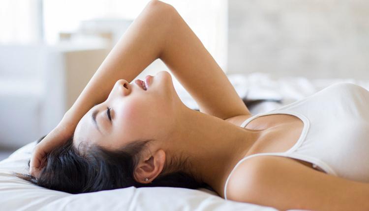 Mastürbasyon yapmak regl ağrısını etkiler mi faydaları nelerdir?