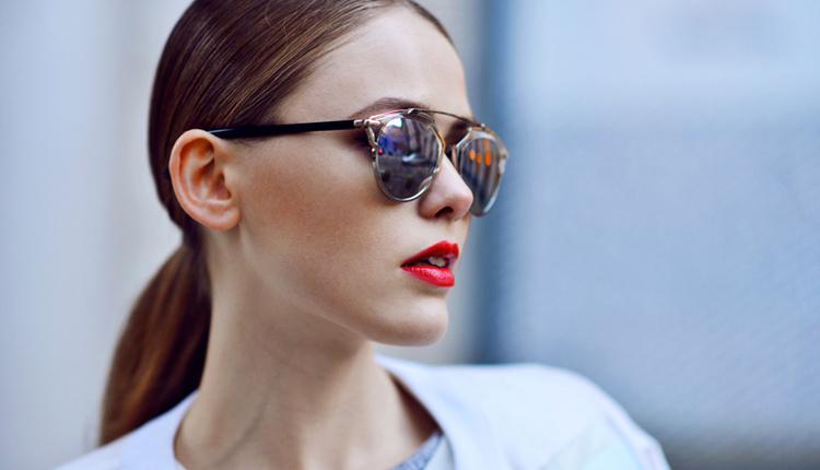 Güneş gözlüğü nasıl seçilmelidir yazın sakın siyah çerçeveli gözlük almayın