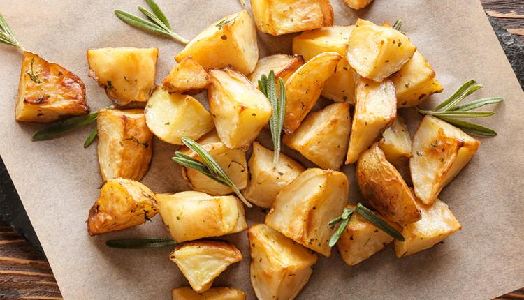 Baharatlı patates nasıl yapılır malzemeleri ve püf noktaları nelerdir?
