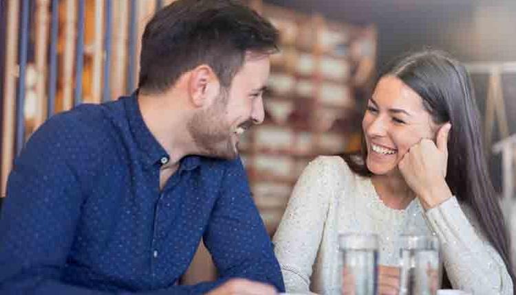 Yeni biriyle flörtleşmenin en etkili yolları nelerdir?
