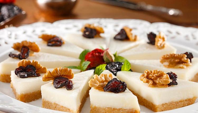 İrmik tatlısı nasıl yapılır tarifi ve malzemeleri nelerdir?