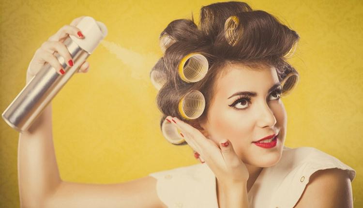 Dalgalı saçlar için evde pratik yöntemlerle saç spreyi nasıl yapılır malzemeleri nelerdir?