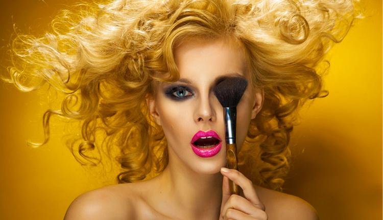 Gündüz makyajını gece makyajına çevirme yöntemleri nelerdir?