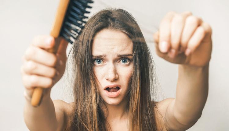 Kellik tarih oluyor saç smilasyonu ile kesin çözüm mümkün