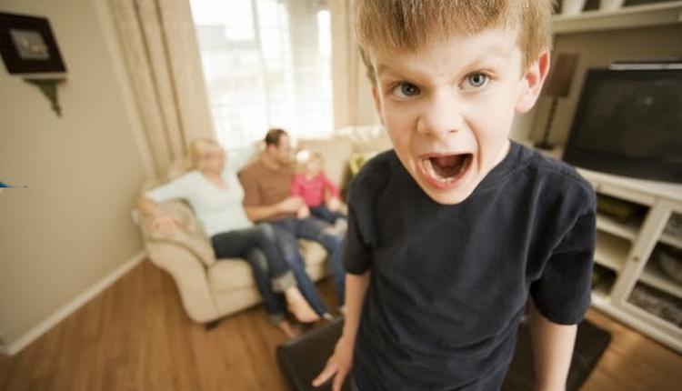 Karne alan çocuğa nasıl davranmak gerekir çocukların kaygılarına dikkat