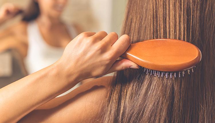 Saç kırıklarına iyi gelen doğal maskeler nelerdir anında pratik bakım yöntemleri