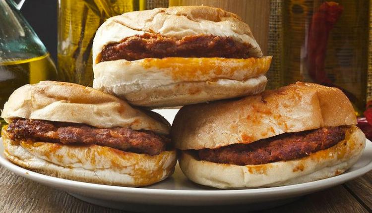 Islak hamburger nasıl yapılır malzemeleri nelerdir?