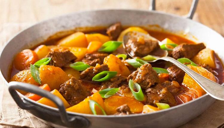 Etli patates yemeği nasıl yapılır malzemeleri nelerdir?