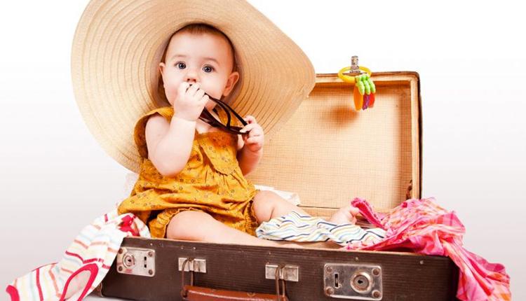 Bebekle tatile çıkarken neler alınmalıdır işte püf noktalar