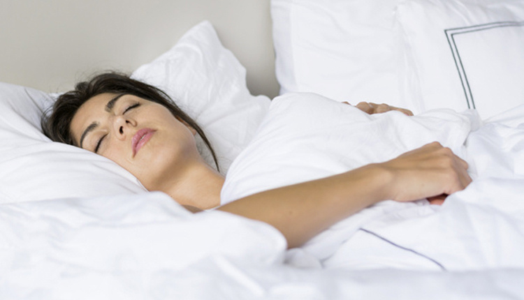 Günde kaç saat uyumak gerekir uzmanlar fazla uyuyanların aşırı sinirli olduğunu söylüyor