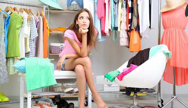 Kolay kıyafet seçme yolları neler saatlerde dola başında beklemeye son!