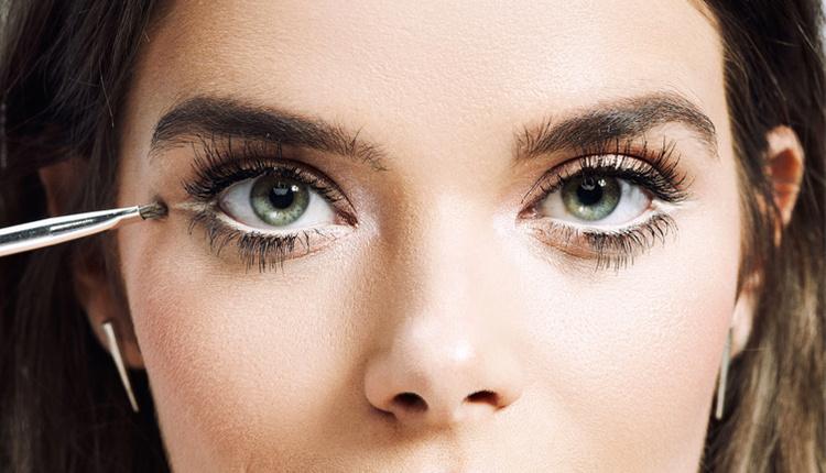 Gözleri olduğundan büyük gösterme yöntemleri sırrı makyaj tüyolarında gizli