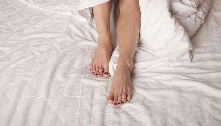Kadınların libidosu nasıl arttırılır ayak bileklerine...