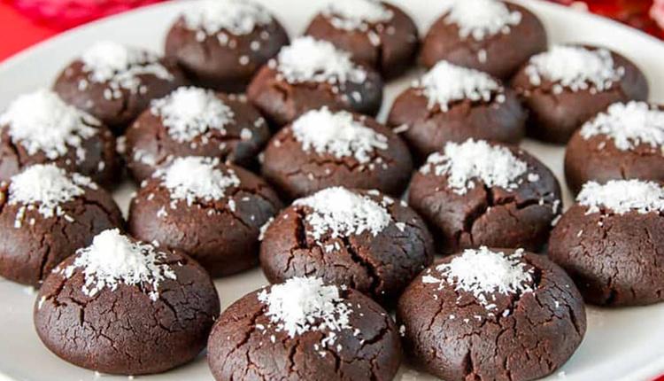 Islak kurabiye nasıl yapılır malzemeleri nelerdir bu lezzetten vazgeçemeyeceksiniz!