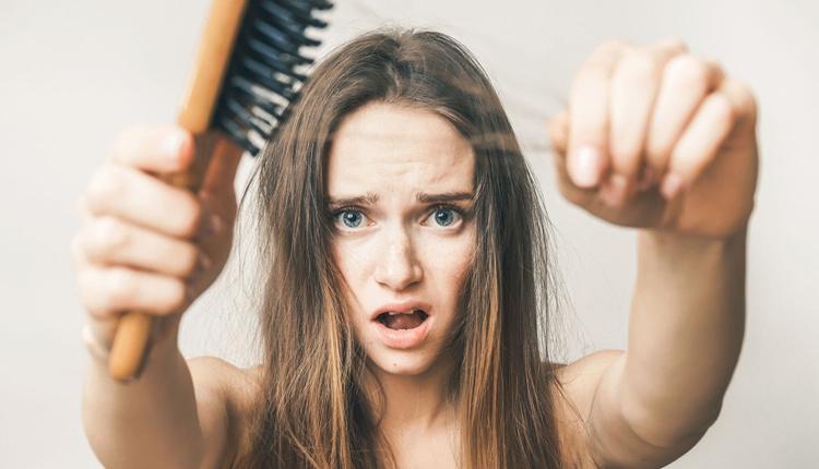 Saçtaki kepeklenme ve dökülme sorununu bitiren tarif