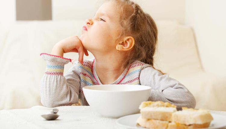 İştahsız çocuklara ne yapmalı porsiyonlarını küçültün!