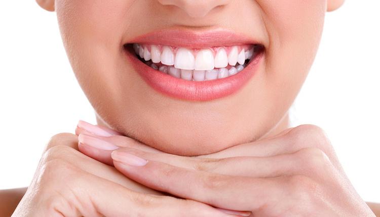 Susam dişleri beyazlatır mı bembeyaz gülüşler için...