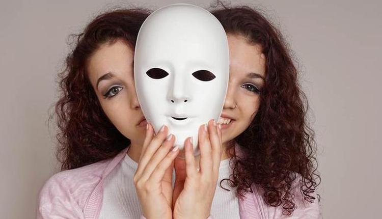 Histerik kişilik bozukluğu nedir ani kararlar alıyorsanız...