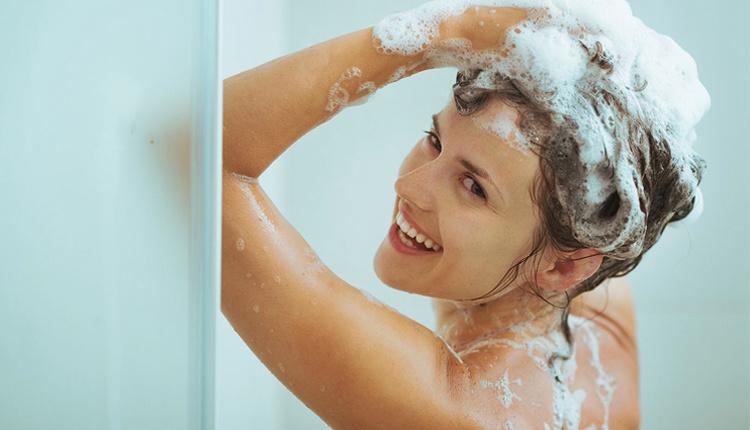 Soğuk havalarda saç bakımı nasıl olmalıdır şampuanı fazla kullanırsanız...