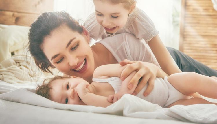 Çocuklarda kıskançlık duygusu neden olur anne sevgisi büyük etken!
