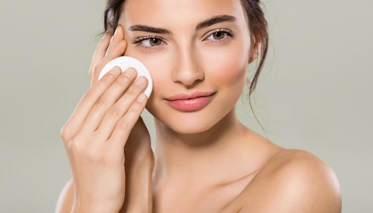 Doğal cilt temizleme yöntemleri nelerdir karbonatı yüzünüze sürerseniz...