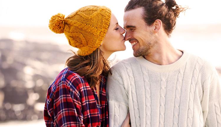 Romantik öpüşme teknikleri dokunmadan olmaz!