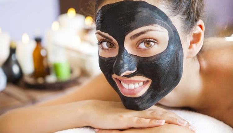 Kömür maskesinin cilde faydaları gözeneklerinizi sıkılaştırmak istiyorsanız...