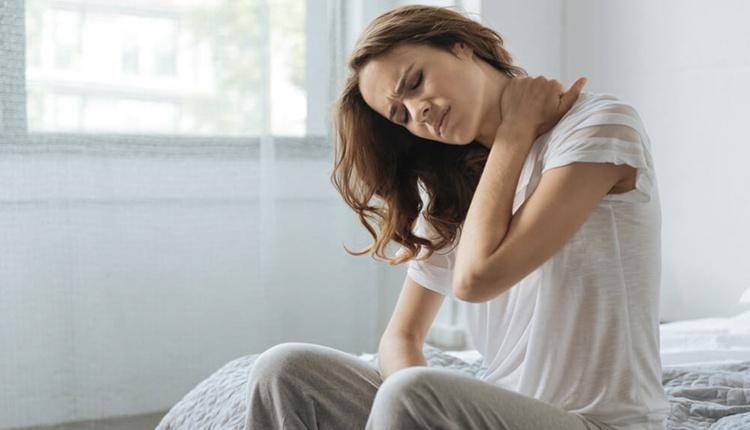 Karotis (şah) damarı darlığı nedir dikkat edilmezse yaş ilerledikçe risk artıyor!