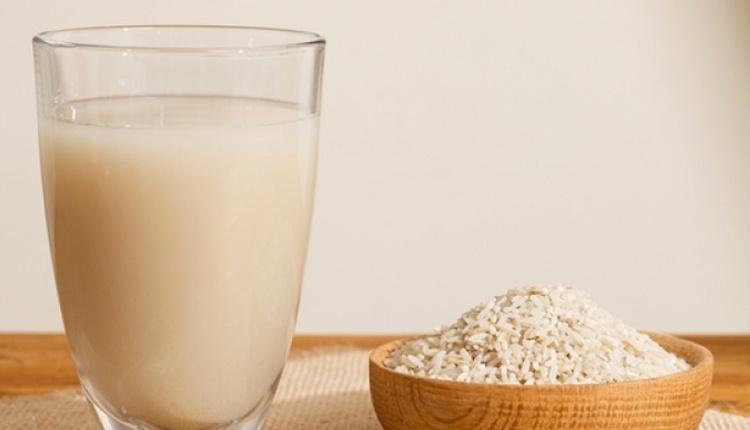 Pirinç suyu faydaları neler ten rengini beyazlatmak istiyorsanız...