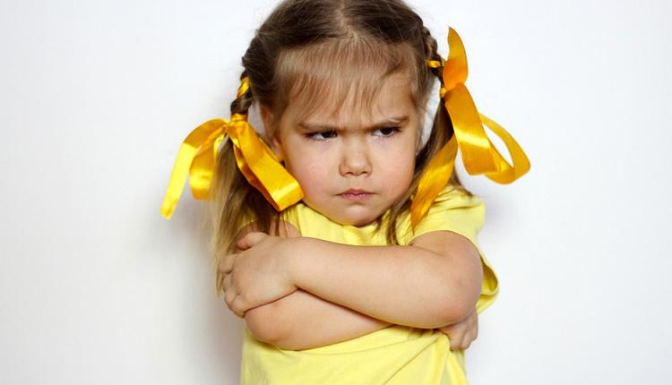 İnatçı çocuğa nasıl davranılmalı asla pes etmeyin!