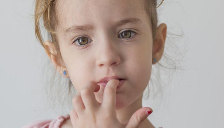 Çocuğun tırnak yeme alışkanlığı nasıl bırakılır obsesif-kompulsif bozukluk olabilir!