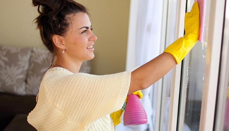 Çiftli cam temizliği nasıl yapılır beyaz sirkeyle silerseniz...
