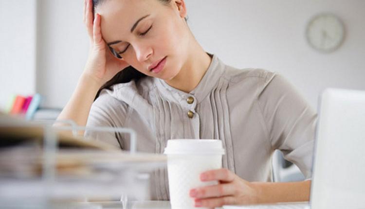 Yorgun uyanma nedenleri hareketsiz yaşam tarzı daha çok tetikliyor!