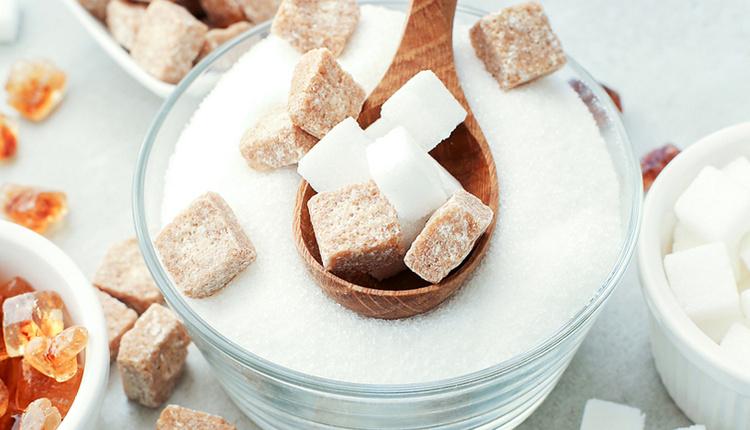 Kahverengi şeker ve beyaz şeker arasındaki fark ne biri daha az işlem görüyor!