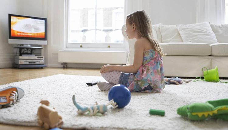 Çocuklarda kulak iltihabı tedavisi nasıl olur televizyonu yakından izliyorsa...